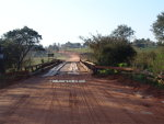 Holzbrücke in Richtung Paso Yobai in Paraguay